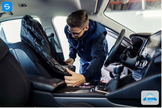 auto upholstery technicians near me in Campbell, FL